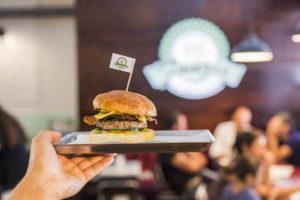 fonzie-burger-roma-4