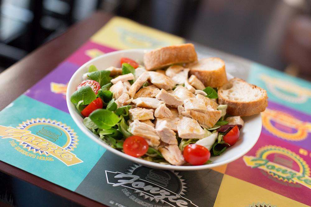 insalata di pollo classica